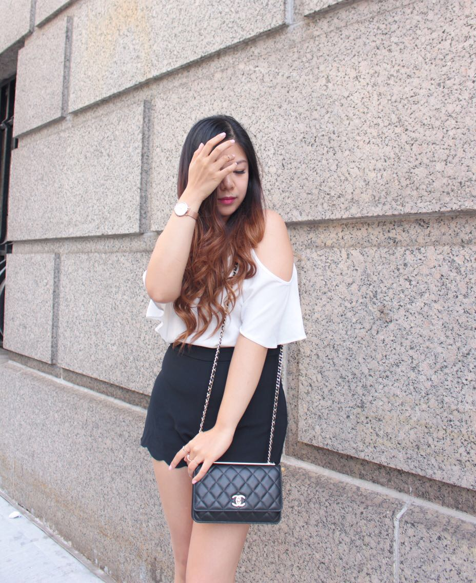 scallop shorts cold shoulder top chanel bag