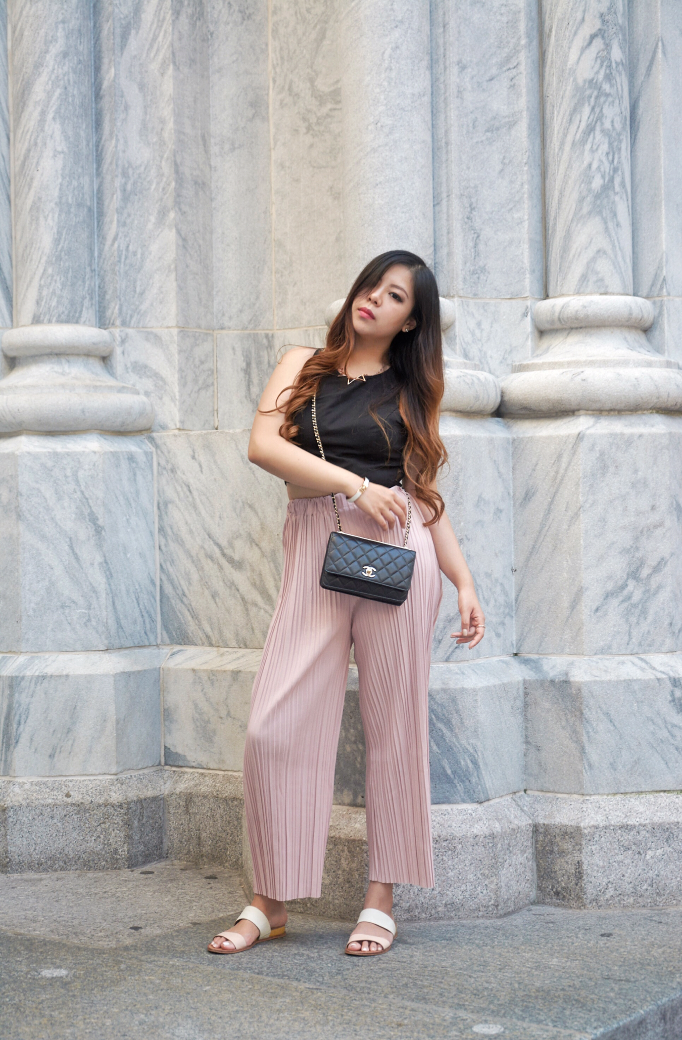 fashion blogger pink pleated pants chanel