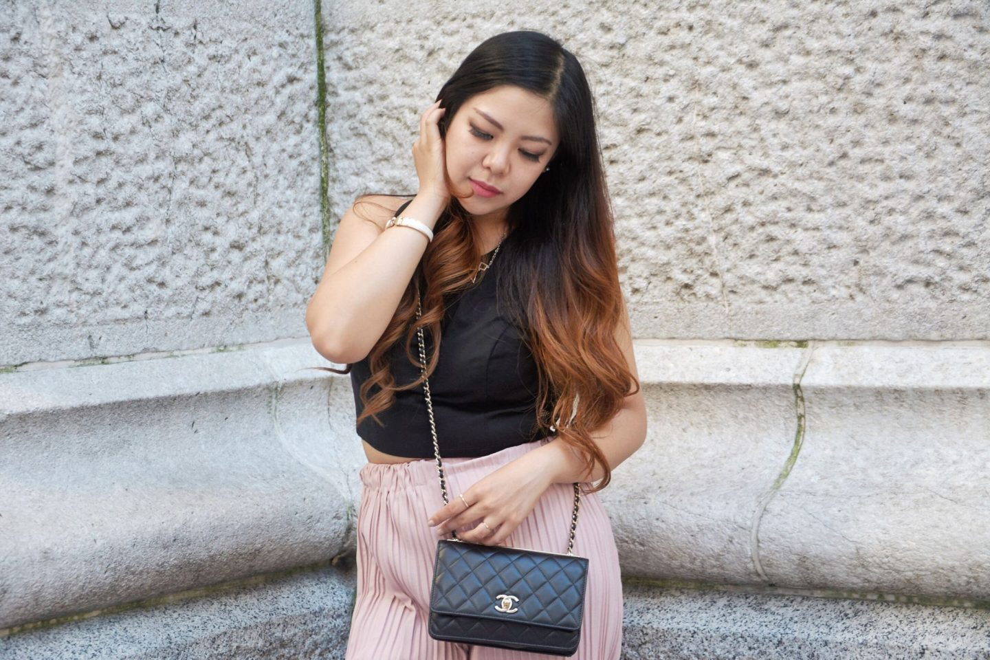 blogger look pink blush black chanel woc