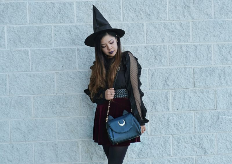 fashionable witch blogger halloween look