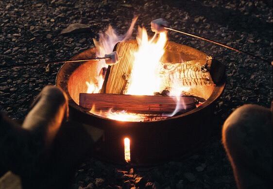 smores getaway campfire